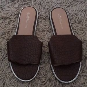 Bcbgeneration flat slide brown croco material